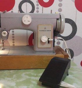 Швейная машинка 'Чайка'