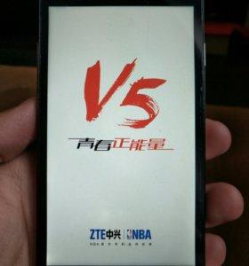 Смартфон ZTE V5 REDBULL