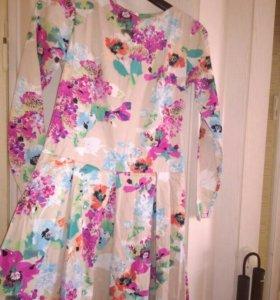 Продам платье новое,сшили