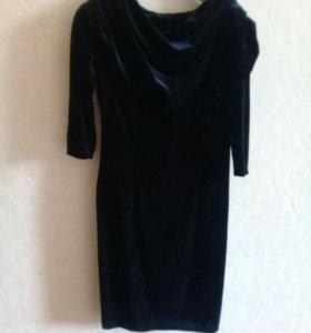 Платье бархат 44-46 черное
