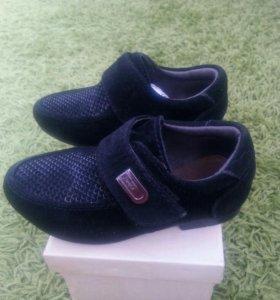 Туфли для мальчика на праздник 24