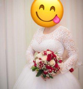 Платье свадебное 46-48