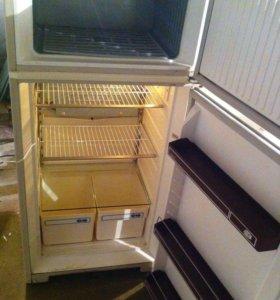 Холодильник Юризань 207