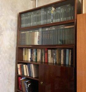 Книжный шкаф, 2 полки, стол