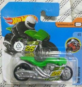 Мотоцикл Hot Wheels