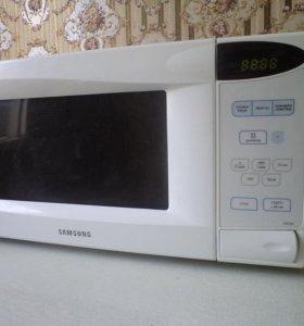 Микроволновая печь Samsung M1833NR-X