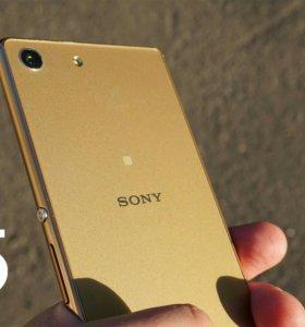 Продам SONY M5 новый
