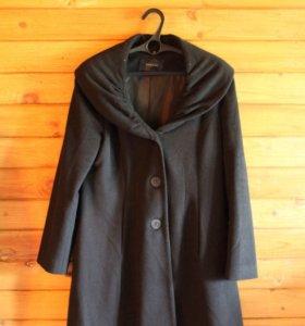 Пальто TAHARI