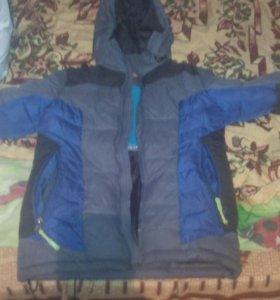 Зимняя куртка 7-8 лет