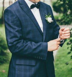 Красивый Мужской костюм !