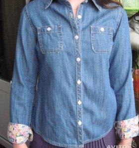 Джинсовая рубашка и кофточки