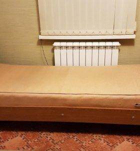 Кровать с матрасом 2 шт.