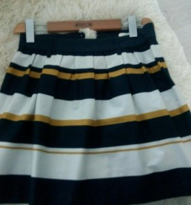 Юбка и платья