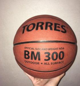 Продам баскетбольный мяч 🏀