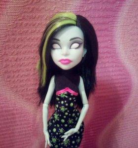 Кукла Скара Monster High
