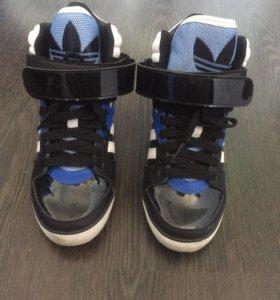 Кроссовки Adidas Original!