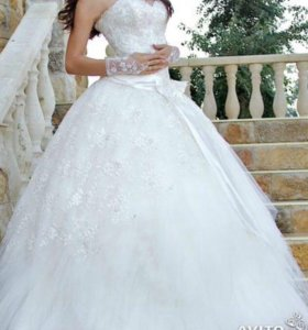 Продаю пышное свадебное платье ! Было одето 1 раз