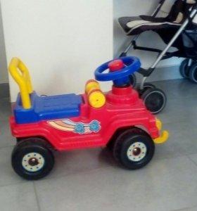 Машинка детская толокар