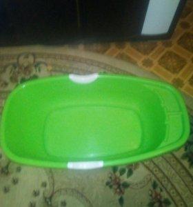 Ванночка для купания малышей.