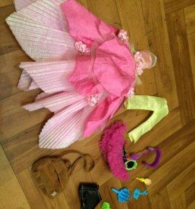 Одежда и аксессуары для кукол.
