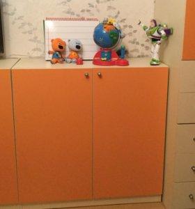 Шкаф в детскую для игрушек и книг