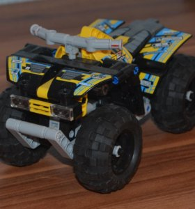 Квадроцикл Лего