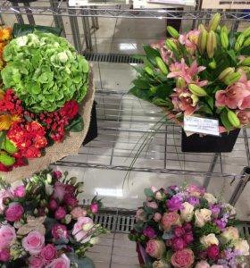 Цветы на 1 сентября букеты и в горшках