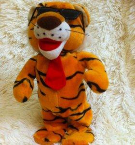 Игрушка-тигр, танцует и поет