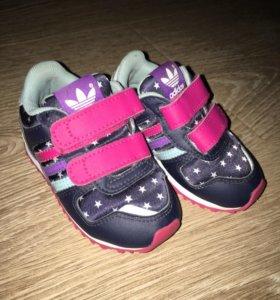 Adidas для девочки 20 р ТОРГ