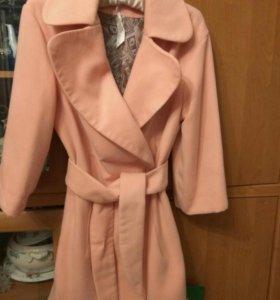 Пальто розовое 42_44
