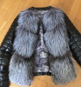 Кожаная куртка-трансформер с мехом чернобурки