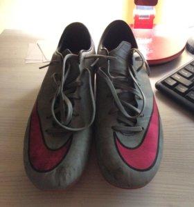 Бутсы Nike mercurial (42,5 маломерки)