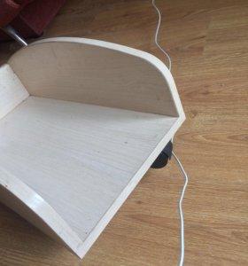 подставка на колесиках от мебели
