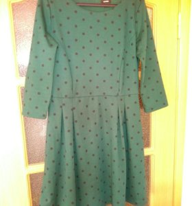 Платье OSTIN трикотажное с подкладом.