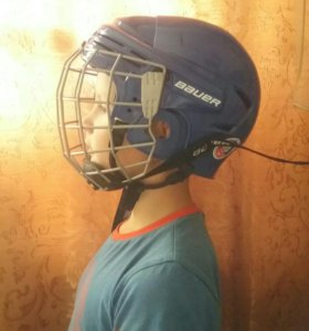 Шлем хоккейный, б/у в хорошем состоянии