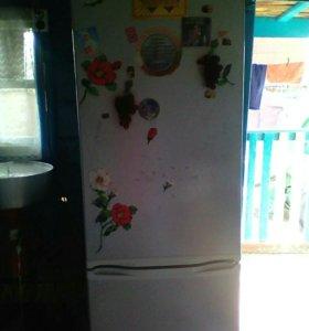 Двухкамерный холодильник DESANY