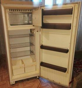 Холодильник Орск-8