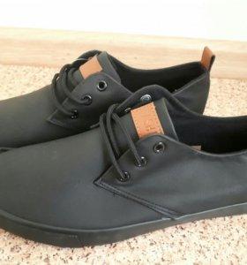 Хорошие туфли для мужчин и подростков