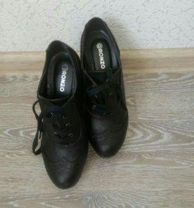 Ботинки, р-р 36
