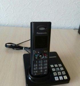 Телефон Panasonic KX-TG8225RU M