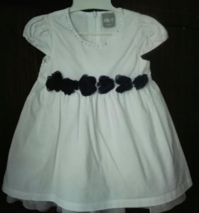 Нарядное платье на год 74 р-р