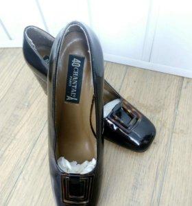 Туфли из Франции 40р