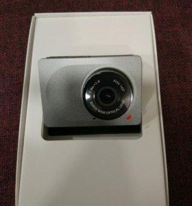 Видео - регистратор Xiaomi Yi car-cam