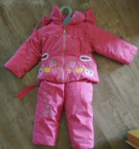 Комплект (куртка и комбинезон) на девочку