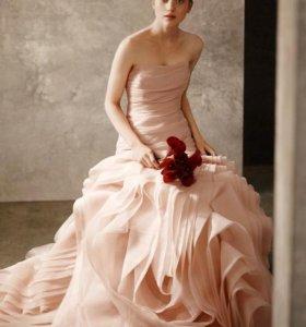 Платье White by Vera Wang