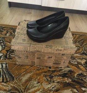 Туфельки 37- 38 размер