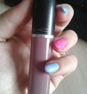Помада от mac, новая, матовая, цвет 02-фиолетовый.