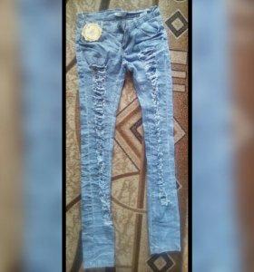 джинсы (новые)