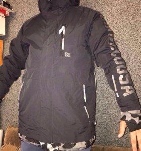 DC и Quiksilver Мужская сноубордическая куртка нов