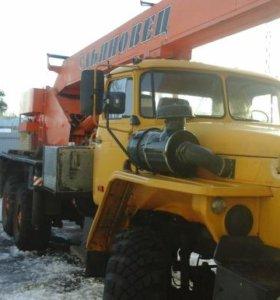 Услуги автокрана Ульяновец 25 тонн